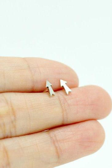 Tiny Arrow Stud Earrings/Solid 925 Silver/14K Gold Filled